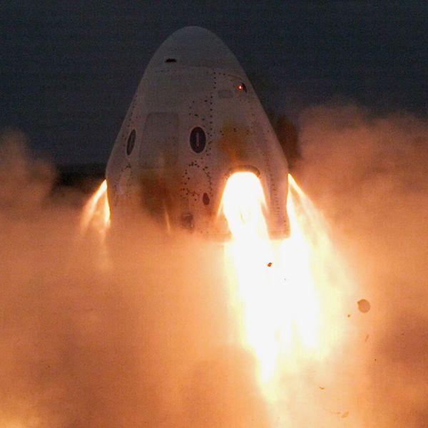 روسفیدی اسپیسایکس در آزمایش فرود اضطراری کرو دارگون!